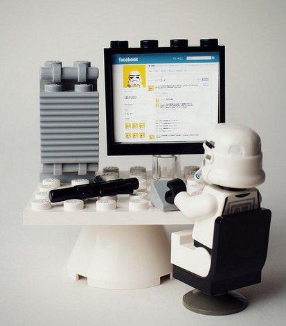 Facebook Star Wars Lego