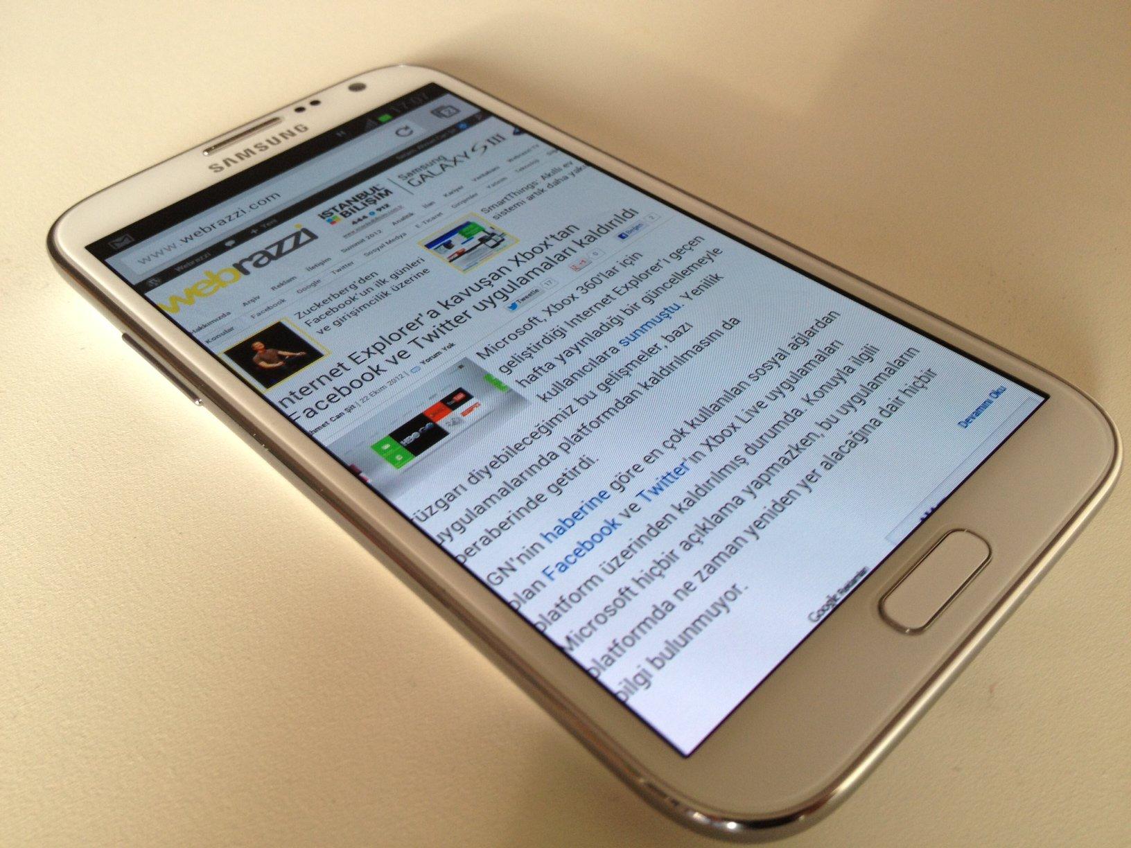 Samsung galaxy note ii yeni segmentin ikinci temsilcisini inceledik