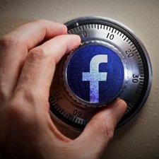 Facebook özel mesajlarınızı okuyor mu?