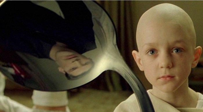 the-matrix-spoon