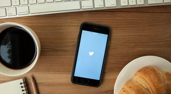 Twitter direkt mesajlarda okundu bilgisi göndermeye başladı