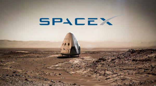 Elon Musk, SpaceX'te çalışmak üzere 500'den fazla kişiyi işe alacak
