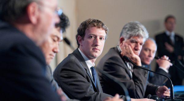 Zuckerberg, Facebook'taki gölge profillerin varlığına aşina olmadığını söyledi