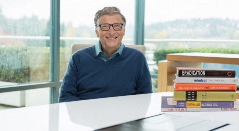Bill Gates'in 2015'te okuduğu ve önerdiği en iyi kitaplar