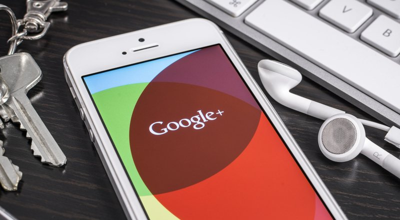 Bloomberg: Google, iPhone'da kalmak için 1 milyar dolar ödedi