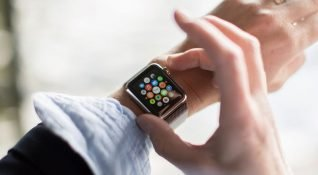 Google, Amazon ve eBay, Apple Watch desteğini sonlandırıyor