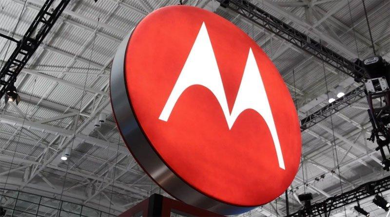 Motorola Mobility 12,5 milyar dolar'a satıldı.