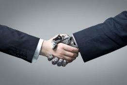 Neden yapay zekadan korkmak yerine onu kucaklamalıyız?