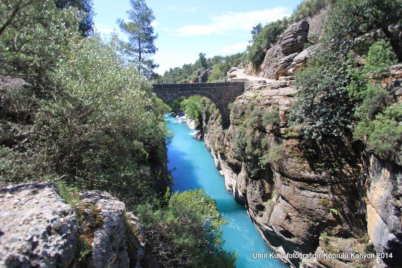 Isparta'nın Sütçüler ilçesinde başlayan ve Antalya'da denize dökülen Köprülü Kanyon