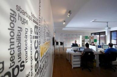 Webrazzi'nin 2012'de taşındığı yeni ofisinden o günlere ait bir kare