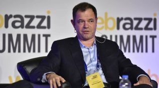 Hasan Aslanoba: Türkiye internet yatırımları 'Aslanoba etkisi' olmadan da rekora koşuyor