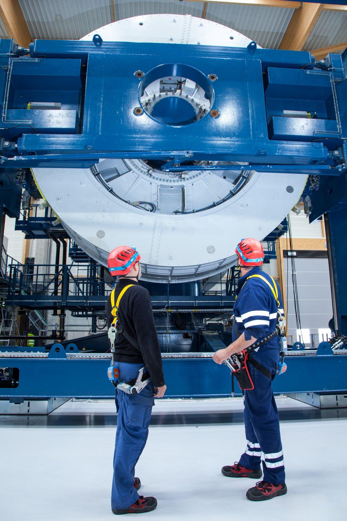 crucerey-says-each-400-ton