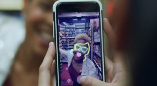 Facebook'a Stories ve diğer Snapchat özellikleri eklendi