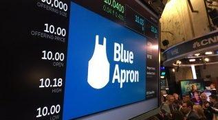Yemek tarifleri için dağıtım girişimi Blue Apron, Amazon'un gölgesinde halka açıldı