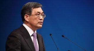 """Samsung CEO'su Kwon Oh-hyun """"benzeri görülmemiş kriz"""" gerekçesiyle istifa ediyor"""