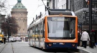 Almanya, hava kirliliğine karşı şehir içi toplu taşımayı ücretsiz yapıyor