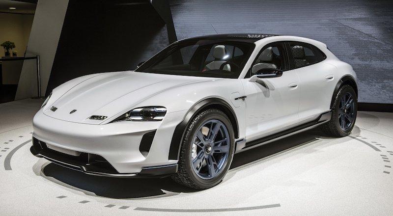 Tesla Model X'e Jaguar'dan sonra Porsche de rakip olacak: Mission E Cross Turismo
