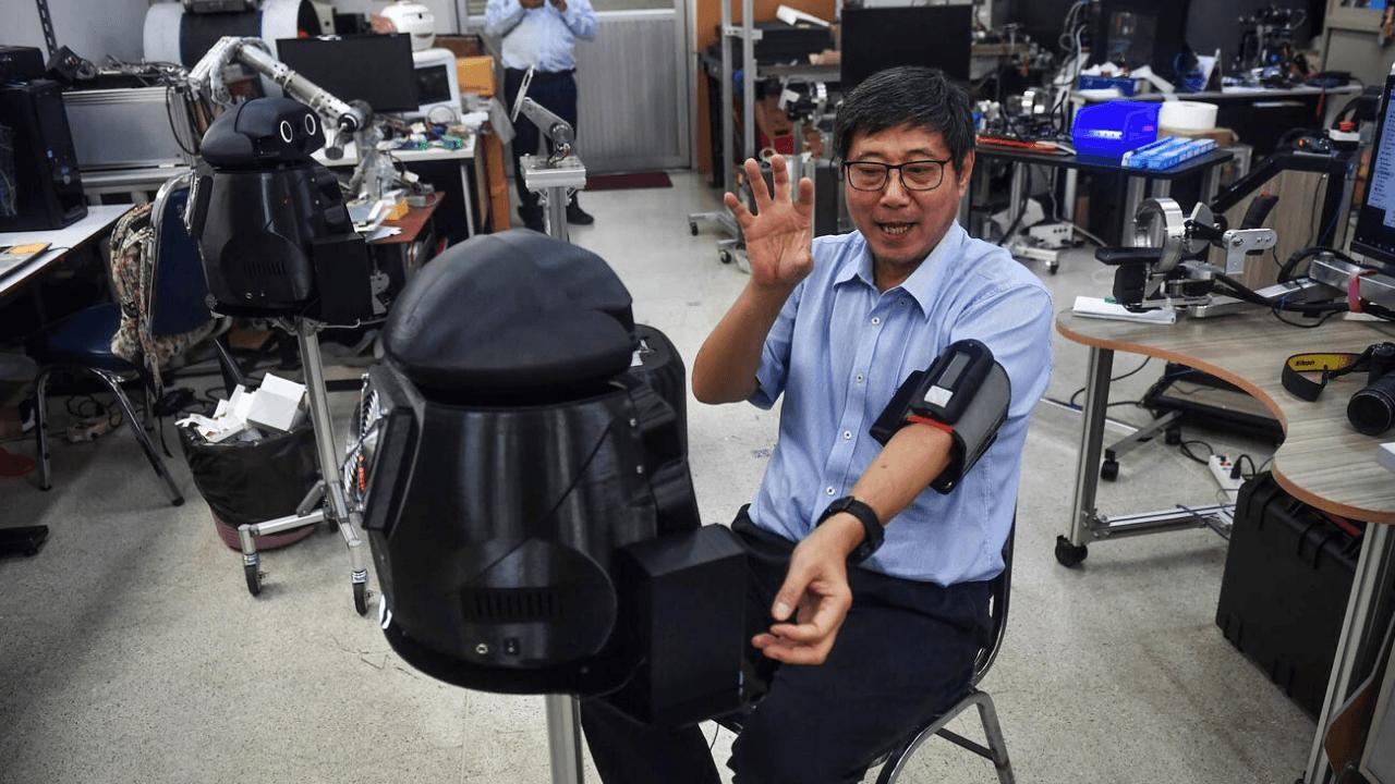 Tayland, Corona virüs salgını ile mücadele edebilmek için ninja robotları kullanıyor